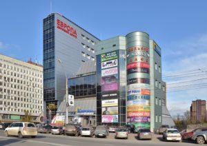 В Новосибирске на Красном проспекте появится частная парковка