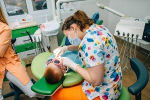 Бесплатная стоматологическая помощь будет оказана 200 маленьким новосибирцам