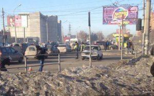 Убрать провода с городских улиц требует новосибирская мэрия
