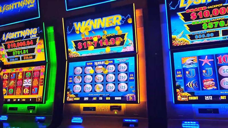 онлайн казино играть на деньги с выводом