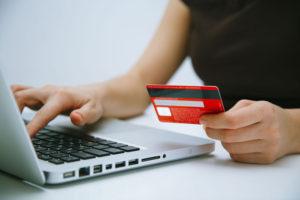 В НСО существенно вырос объём онлайн-платежей