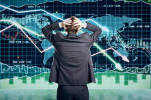 Экономист из Новосибирска прогнозирует банковский кризис осенью