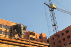 Минстрой Новосибирской области назвал лучшие строительные компании