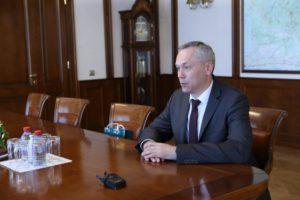 Травников обсудил меры господдержки бизнеса