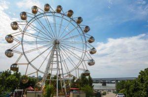 Продаётся колесо обозрения с Михайловской набережной